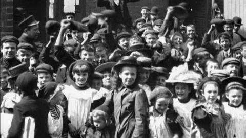 Employees Leaving Tangyes Engineering Works, Smethwick (1901)